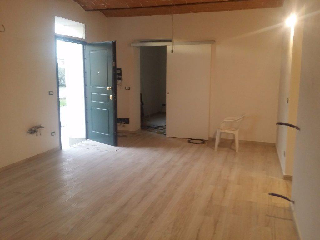 Soluzione Indipendente in vendita a Cascina, 4 locali, prezzo € 190.000   Cambio Casa.it