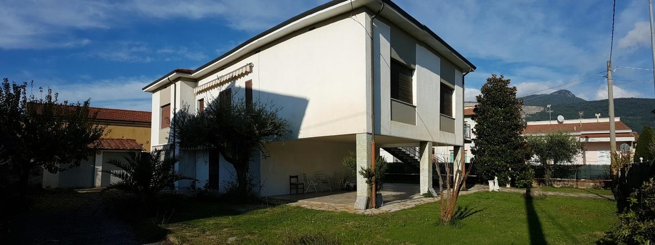Villa in vendita a Cascina, 10 locali, prezzo € 360.000 | Cambio Casa.it