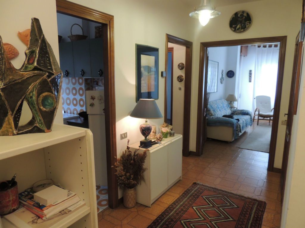 vendita appartamento massa   250000 euro  3 locali  60 mq