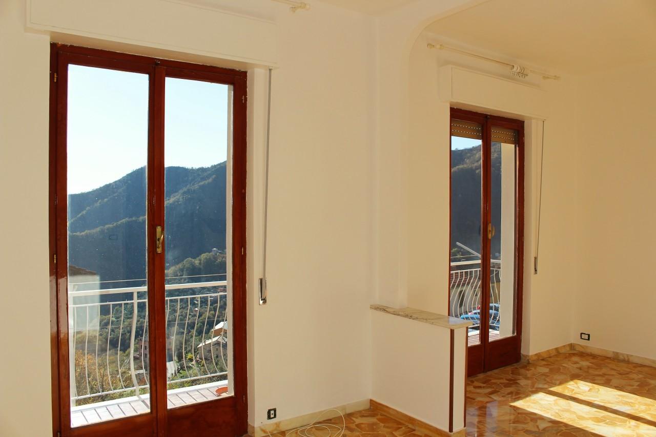 Appartamento in affitto a Uscio, 9999 locali, prezzo € 400 | CambioCasa.it