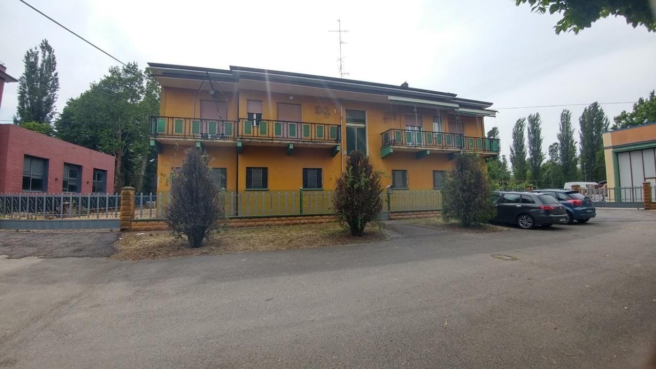 modena vendita quart: modena est immobiliare-227-snc-di-fabbri-stefano-e-c.