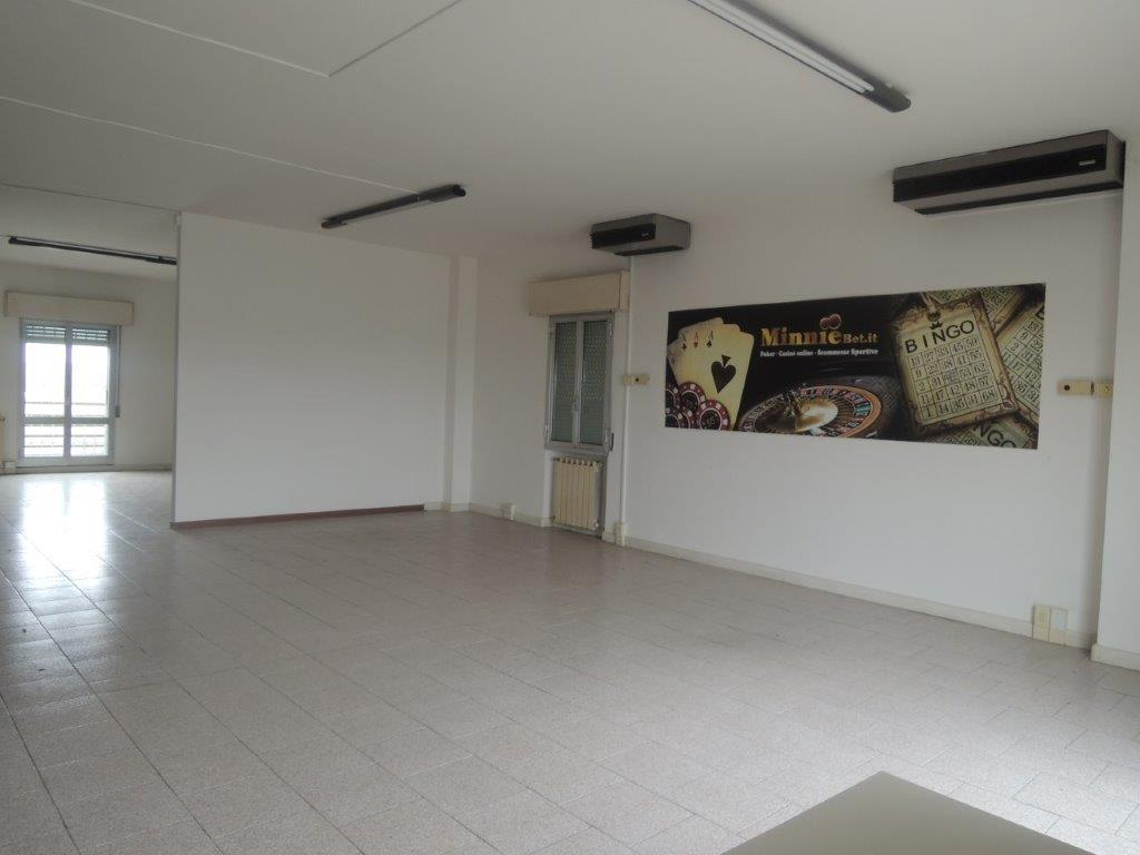 modena vendita quart: cognento immobiliare-227-snc-di-fabbri-stefano-e-c.