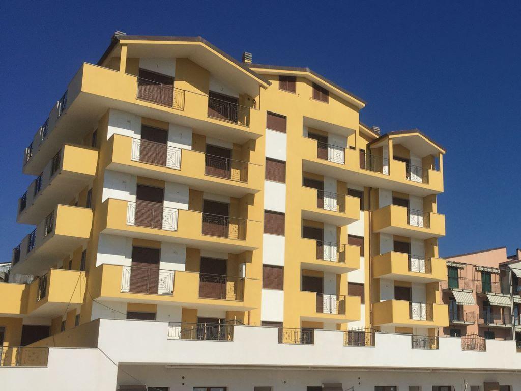 Bilocale Riva Ligure Via Aurelia 50 1