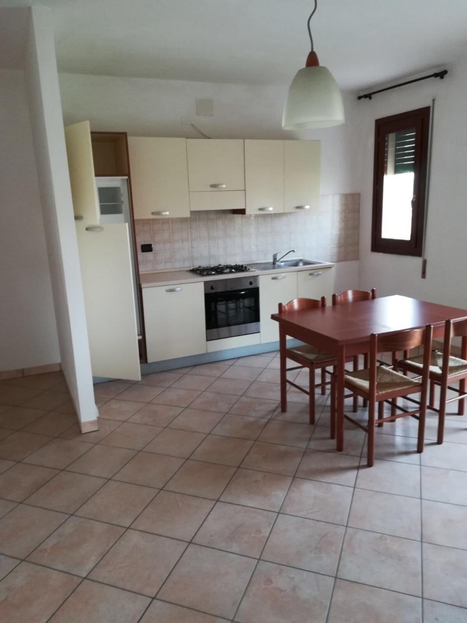Appartamento in affitto a Rovigo, 5 locali, prezzo € 460 | CambioCasa.it