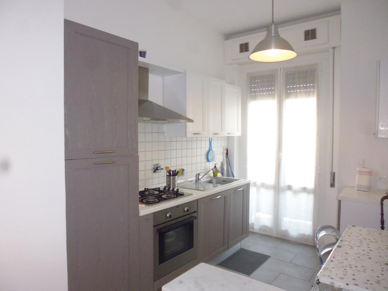 Appartamento in affitto a Sestri Levante, 4 locali, prezzo € 750 | Cambio Casa.it