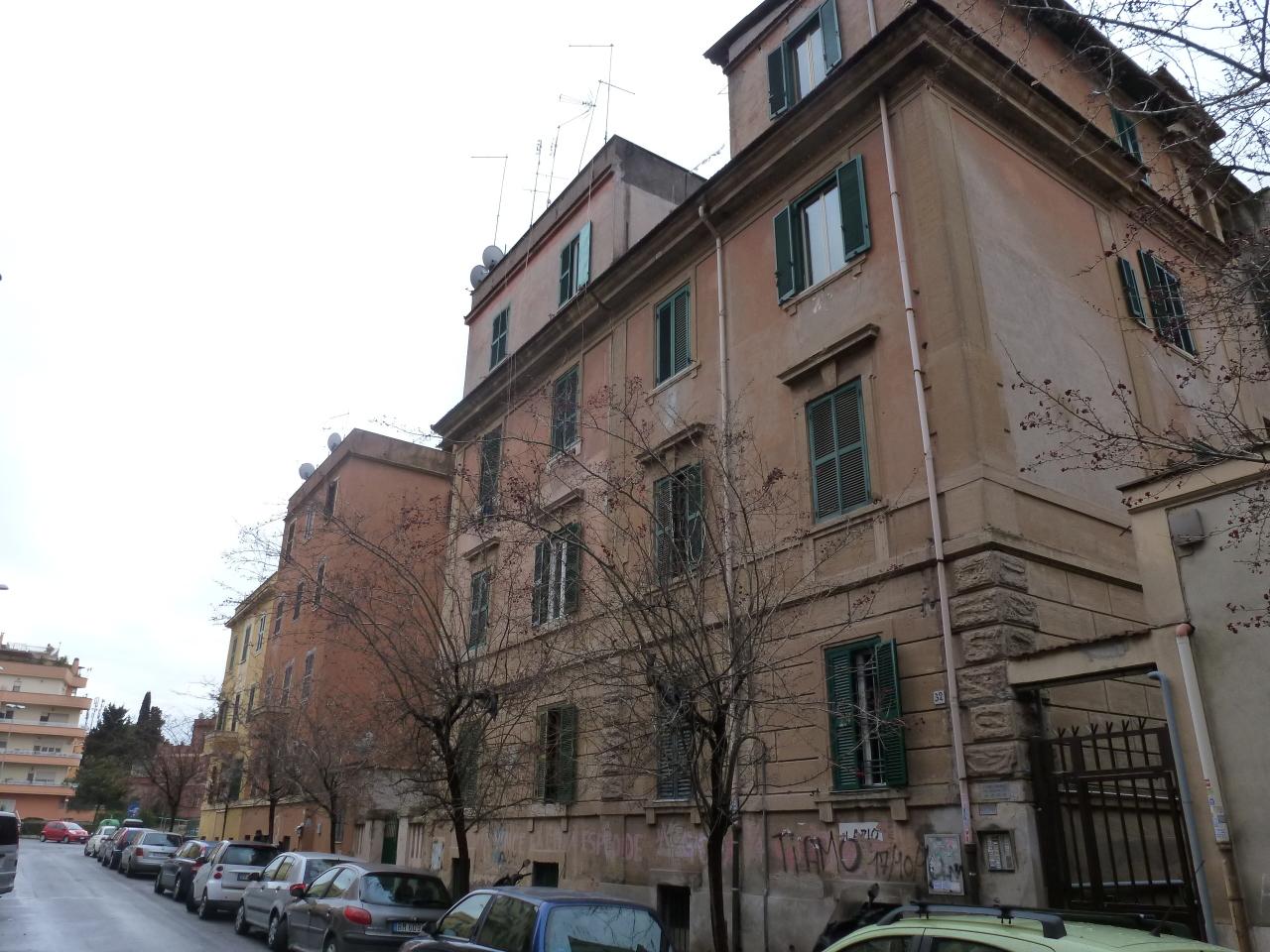 Appartamento in vendita a Roma, 3 locali, prezzo € 130.000 | CambioCasa.it