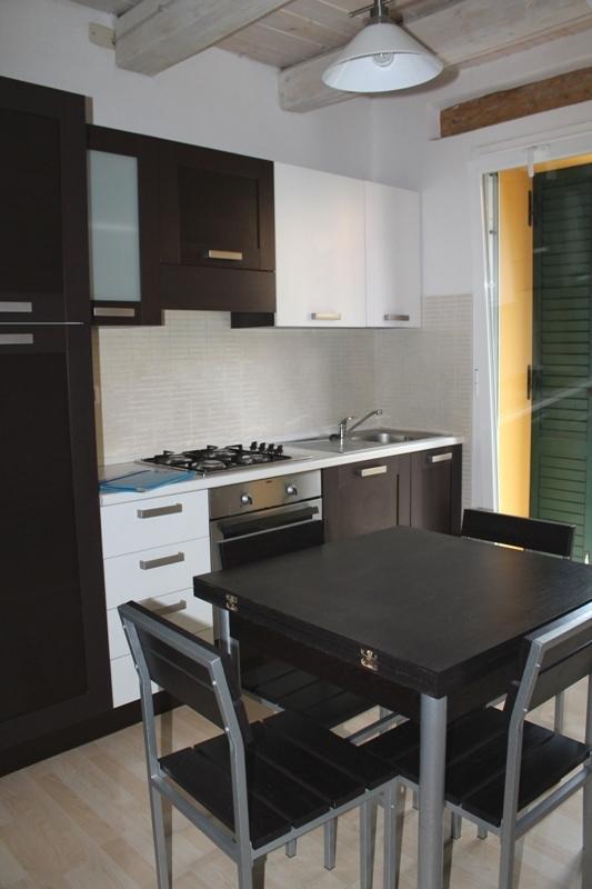 Appartamento in affitto a Jesi, 2 locali, prezzo € 380 | Cambio Casa.it
