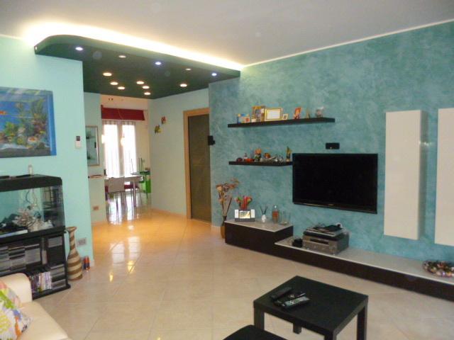Appartamento in vendita a Maiolati Spontini, 5 locali, prezzo € 220.000 | Cambio Casa.it
