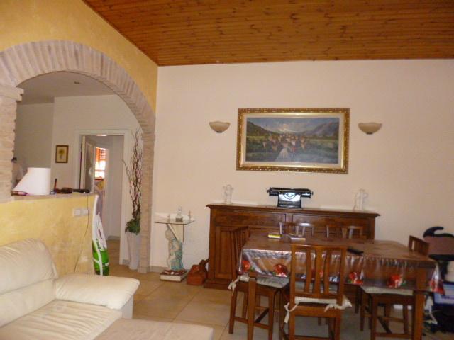 Appartamento in vendita a Jesi, 9999 locali, prezzo € 165.000 | Cambio Casa.it