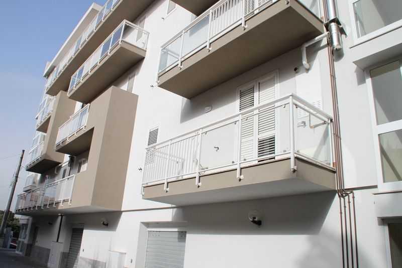 Nuovo monolocale  in affitto - 100 mq