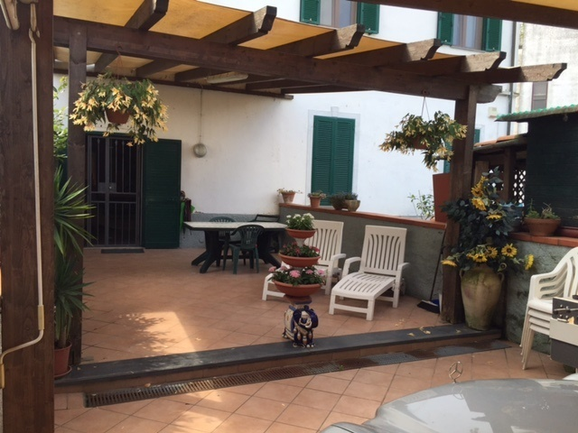 Soluzione Indipendente in vendita a Pisa, 5 locali, prezzo € 270.000 | Cambio Casa.it
