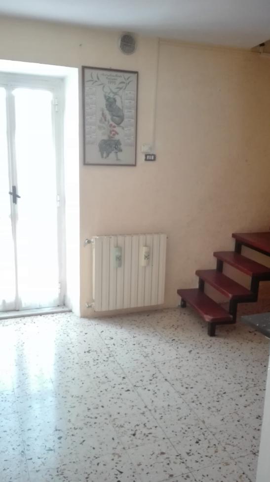 Bilocale Segni Via Della Torre 1