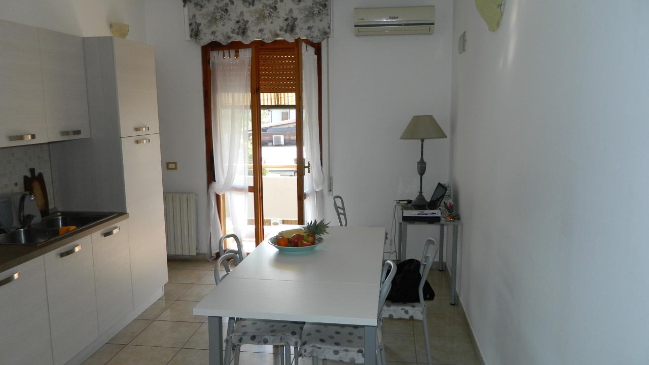 vendita appartamento massa   240000 euro  4 locali  75 mq
