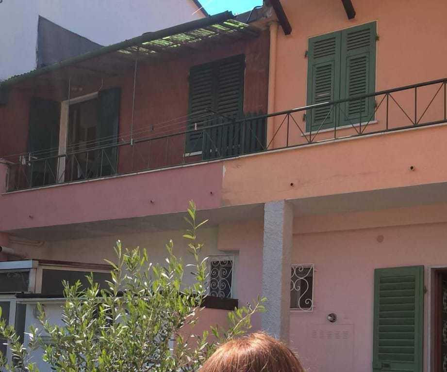 vendita appartamento carrara   95000 euro  2 locali  40 mq