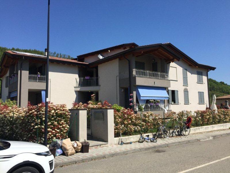 Appartamento in vendita a Varano de' Melegari, 2 locali, prezzo € 100.000 | CambioCasa.it