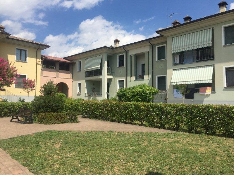 Appartamento in vendita a Varano de' Melegari, 4 locali, prezzo € 160.000 | CambioCasa.it