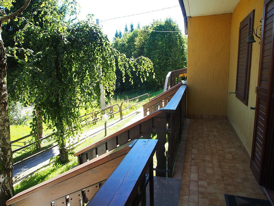 Bilocale Roana Via Monte Lemerle  244 4