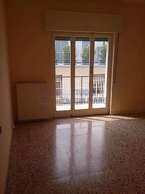 Appartamento in Affitto a Taggia