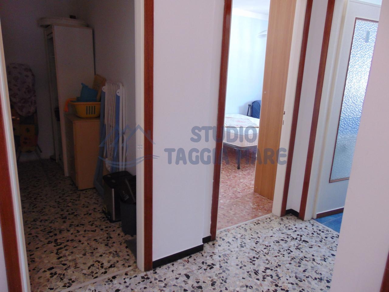 Bilocale Taggia Via Doria 9