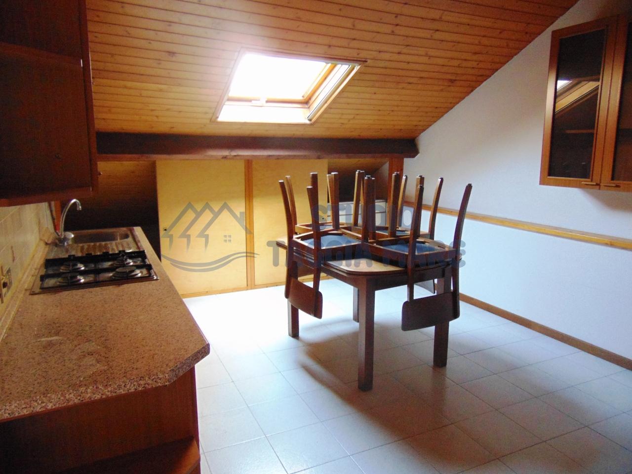 Appartamento in affitto a Taggia, 2 locali, prezzo € 450 | CambioCasa.it