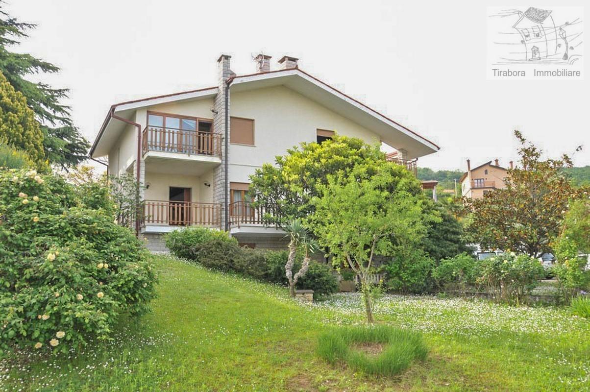Villa in vendita a Muggia, 6 locali, prezzo € 435.000 | CambioCasa.it