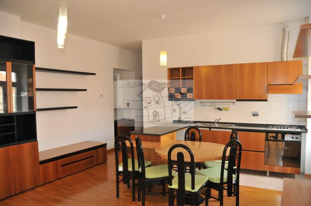 Appartamento in vendita a Trieste, 3 locali, prezzo € 149.000 | CambioCasa.it