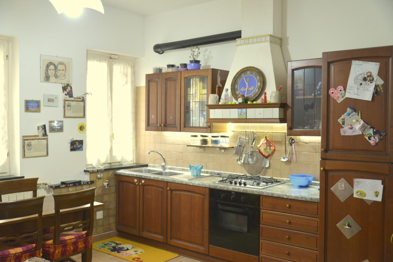 Appartamento in vendita a Vado Ligure, 2 locali, prezzo € 105.000 | Cambio Casa.it
