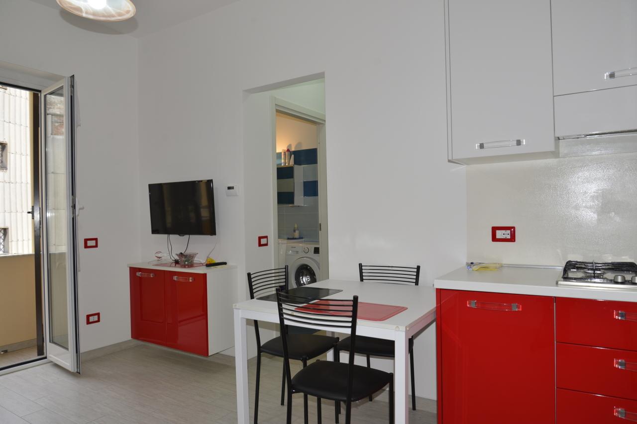 Appartamento in vendita a Vado Ligure, 2 locali, prezzo € 155.000 | CambioCasa.it