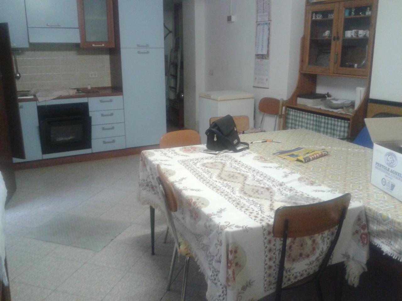 Bilocale Ventimiglia Via Roma 1