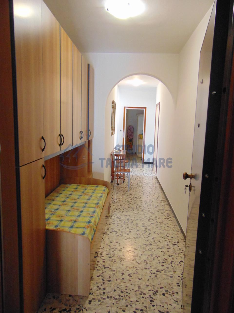 Bilocale Taggia Via Doria 2