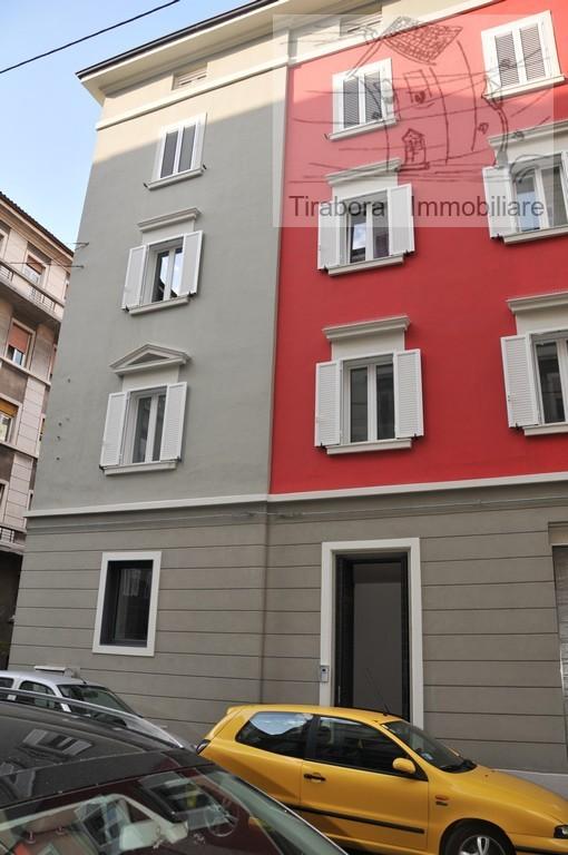 Bilocale Trieste Via Foscolo 44 1