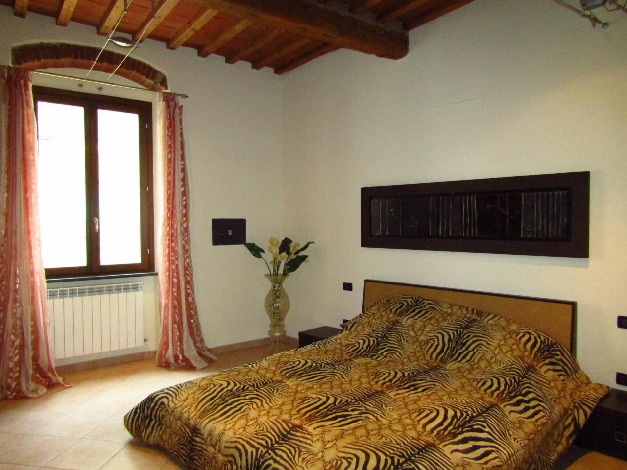 Appartamento in vendita a Livorno, 4 locali, prezzo € 130.000 | Cambio Casa.it
