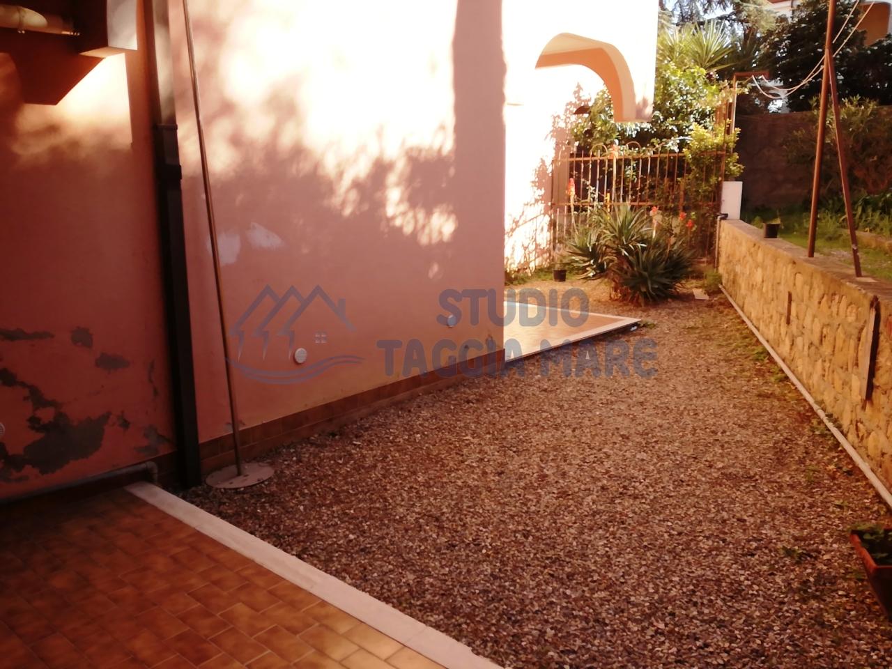 Appartamento in affitto a Pompeiana, 4 locali, prezzo € 450 | Cambio Casa.it