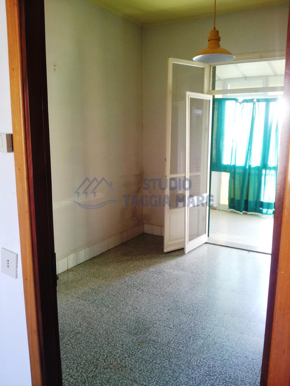Bilocale Taggia Via San Francesco 7