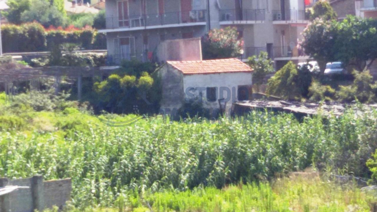 Rustico / Casale in Vendita a Riva Ligure