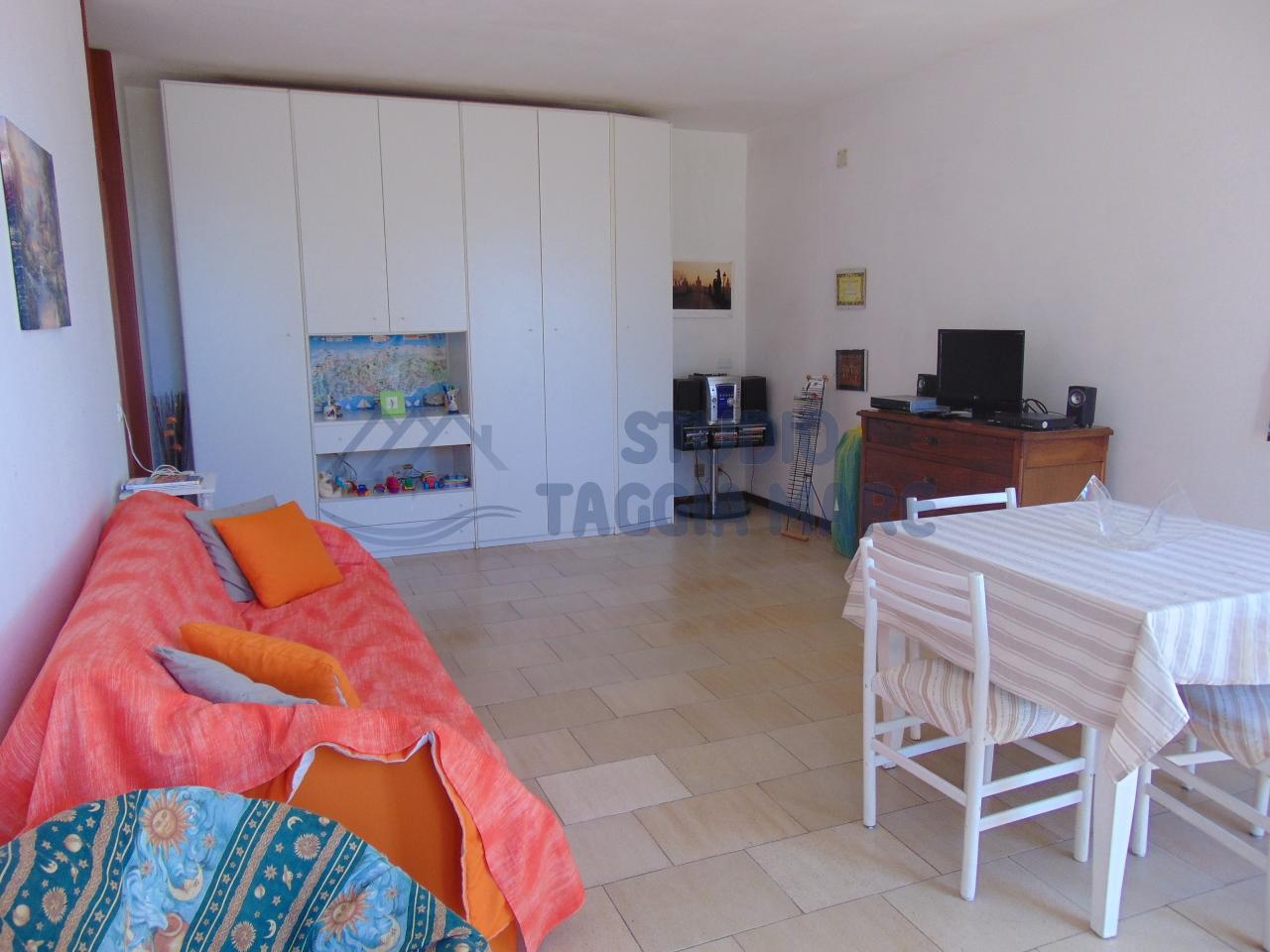 Appartamento in affitto a Santo Stefano al Mare, 2 locali, prezzo € 450 | Cambio Casa.it