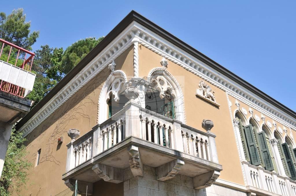 Villa in Vendita a Trieste