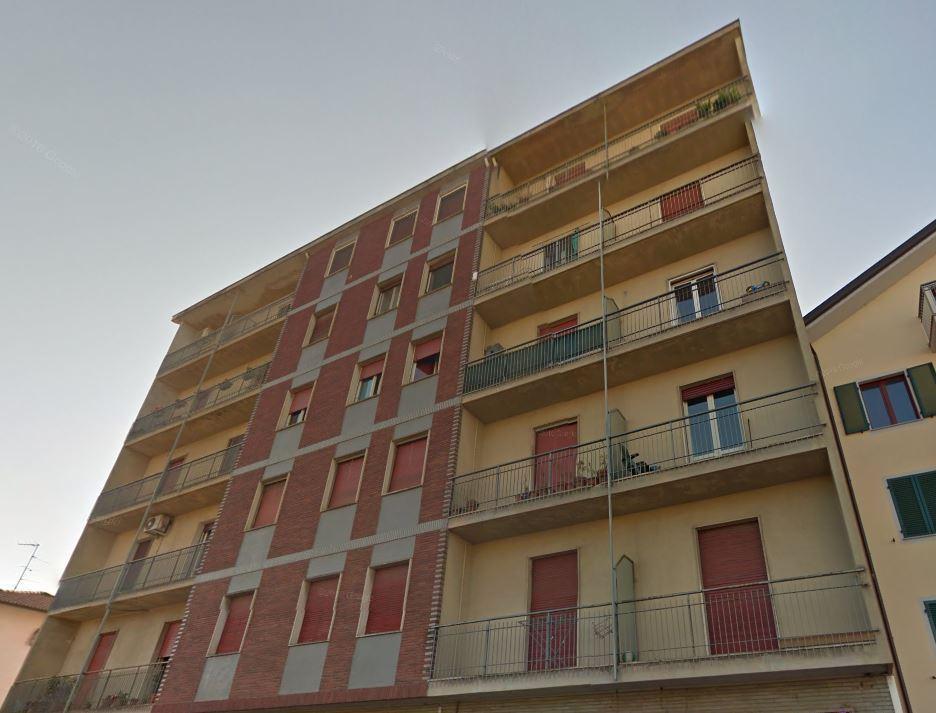 vendita appartamento voghera   23850 euro  45 locali  73 mq