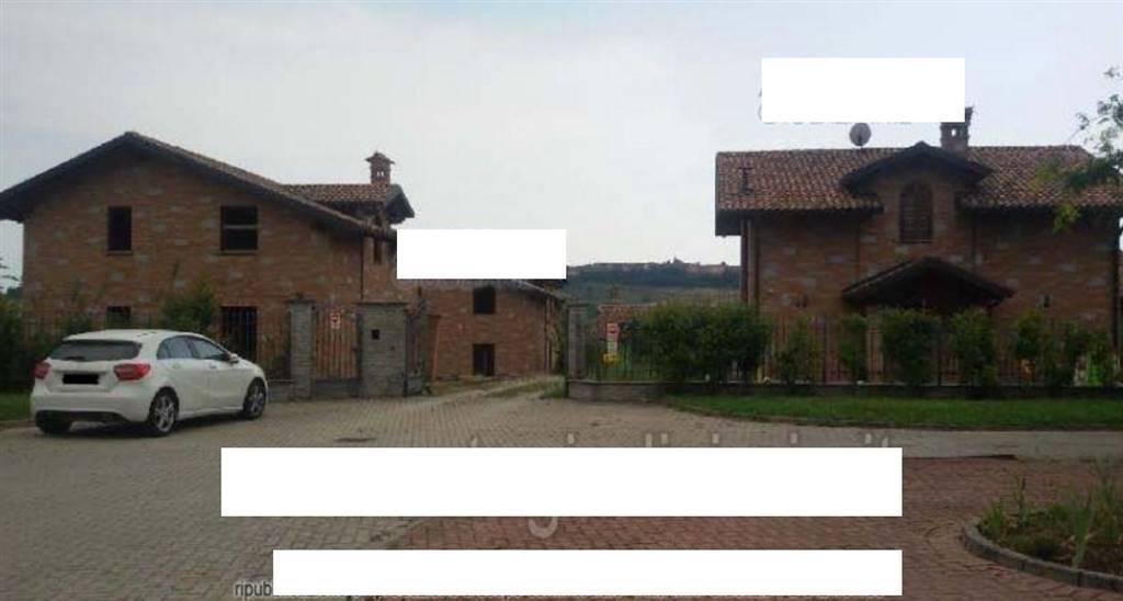 Foto - Garage In Vendita Castelletto Merli (al)