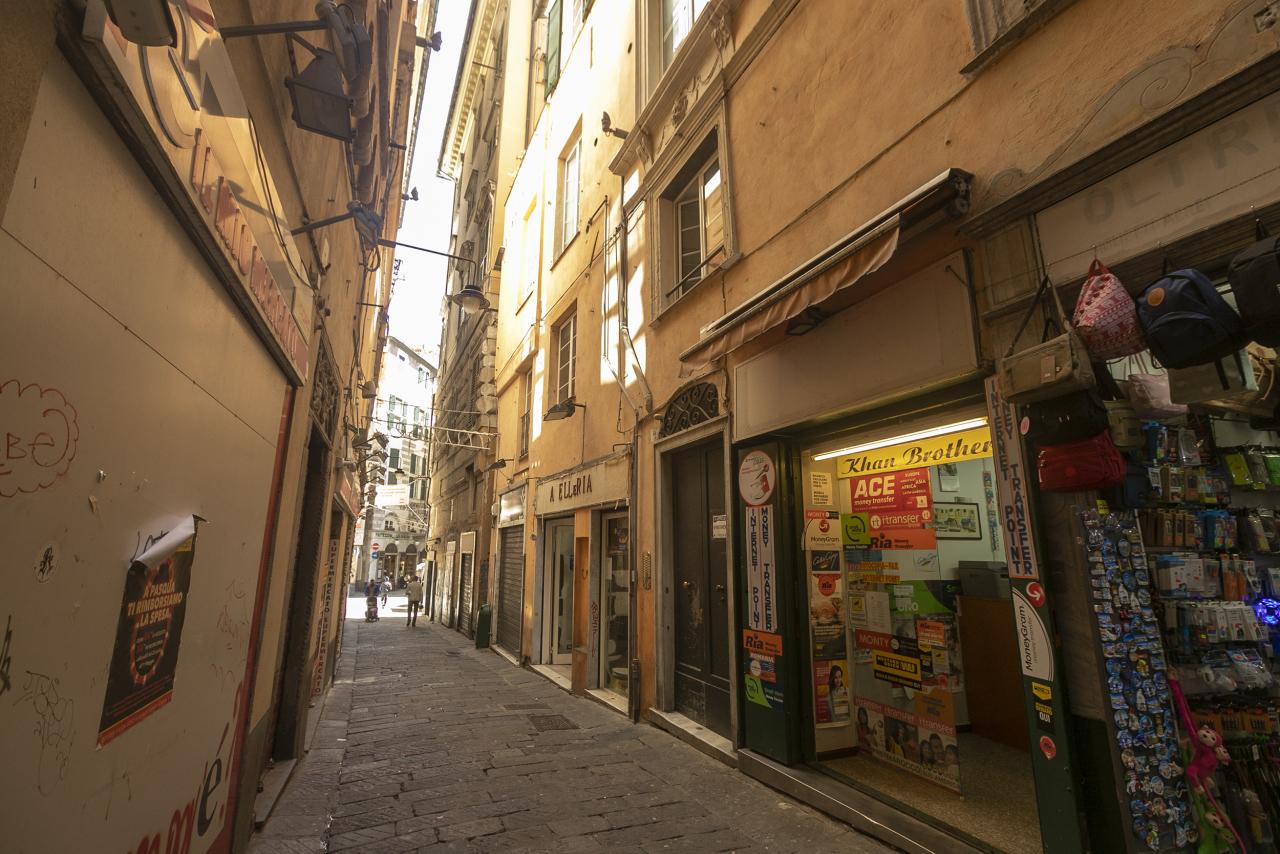 genova vendita quart: centro storico nuova aurea s.r.l.s.