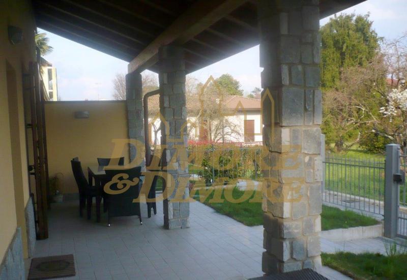 Villa a Schiera in Vendita a Lesa
