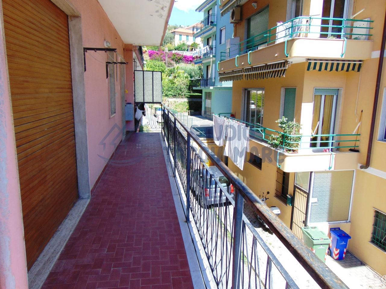 Appartamento in Vendita a Taggia