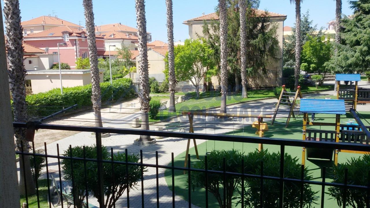 Appartamento in vendita a Riva Ligure, 3 locali, prezzo € 149.000 | CambioCasa.it