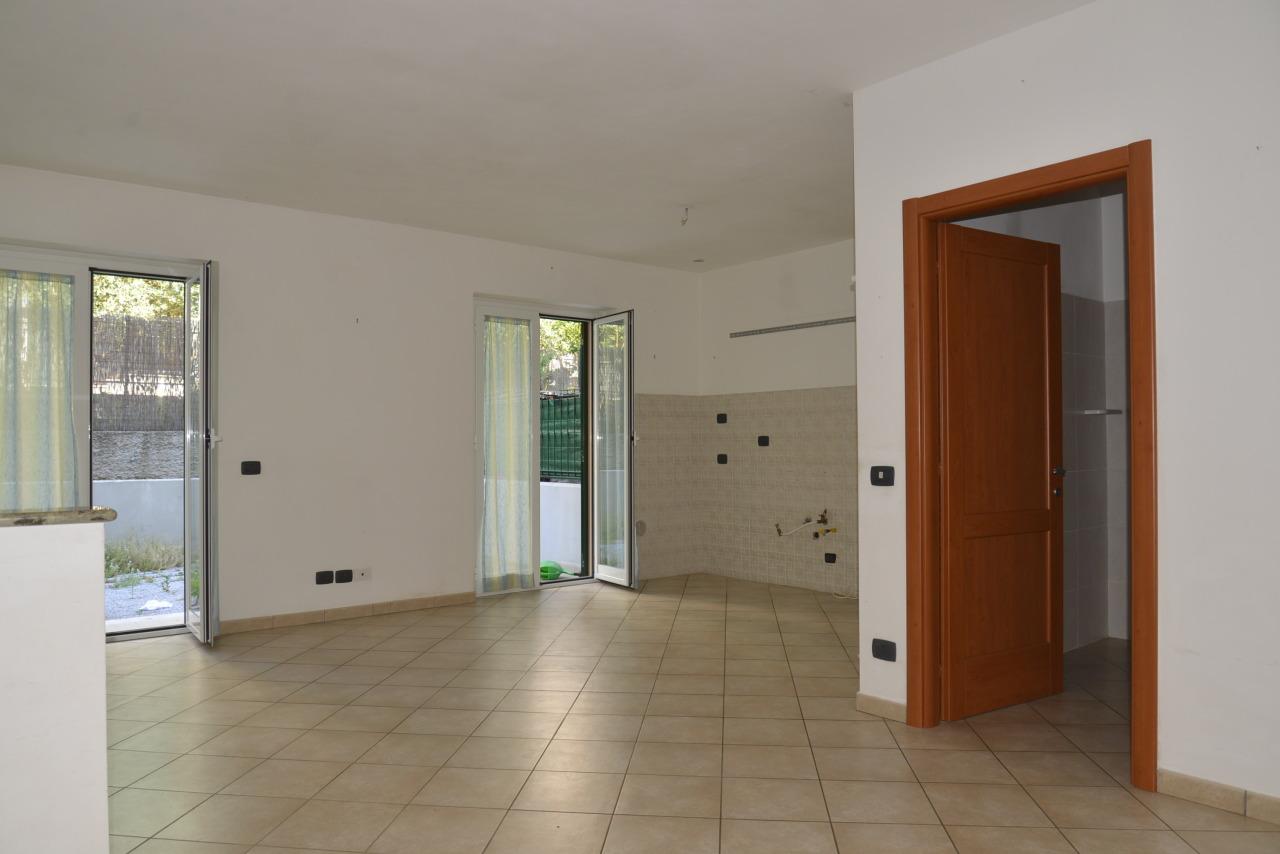 Appartamento in affitto a Quiliano, 1 locali, prezzo € 450 | Cambio Casa.it