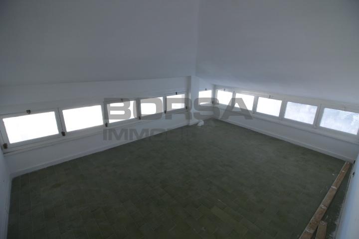 mansarda sottotetto soffitta solaio vendita livorno di metri quadrati 80 prezzo 50000 rif 4235