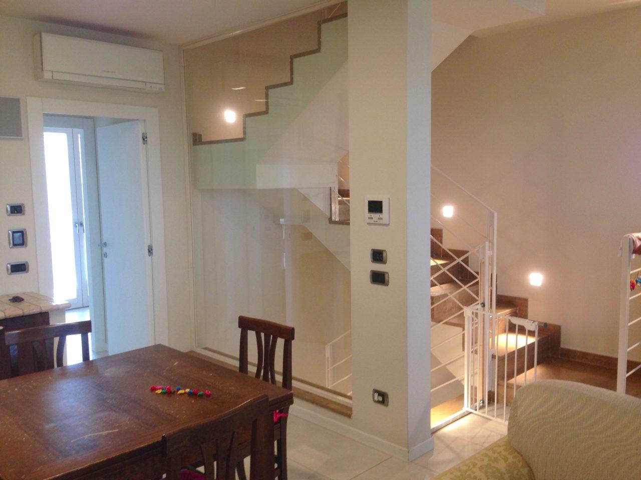 Villa a Schiera in vendita a Parma, 5 locali, prezzo € 335.000 | Cambio Casa.it