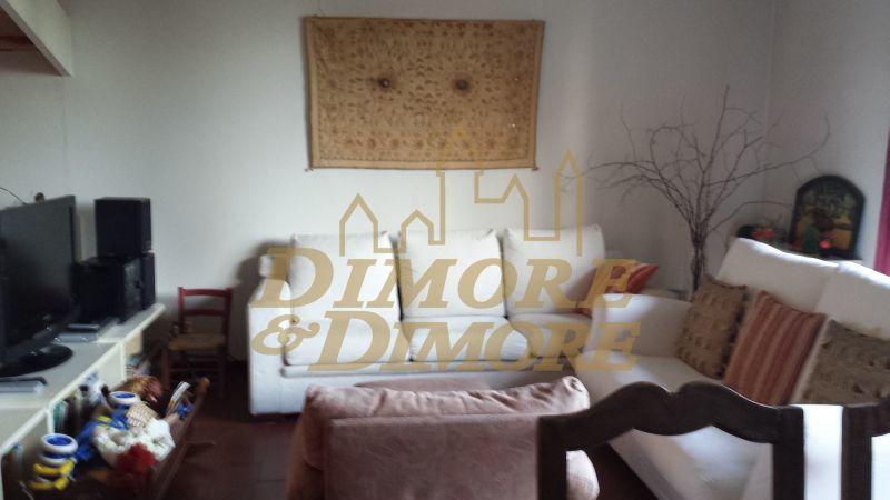 Villa a Schiera in Vendita a Arizzano