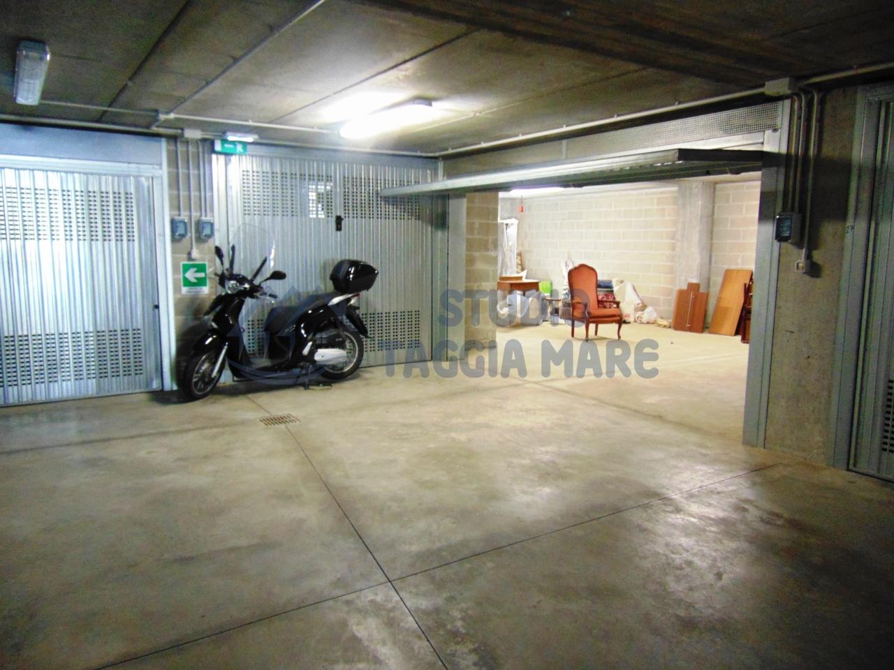 Box / Garage in vendita a Taggia, 1 locali, prezzo € 45.000 | CambioCasa.it