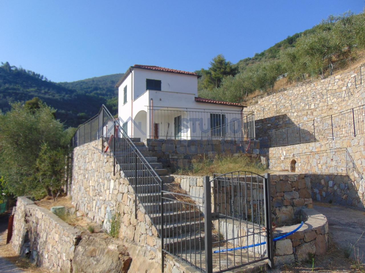 Soluzione Indipendente in Vendita a Castellaro