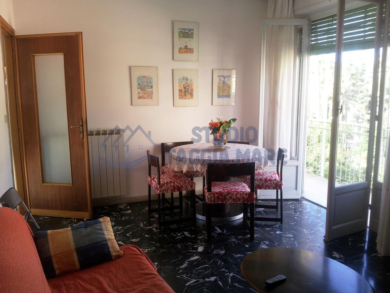 Appartamento in vendita a Taggia, 4 locali, prezzo € 220.000 | Cambio Casa.it